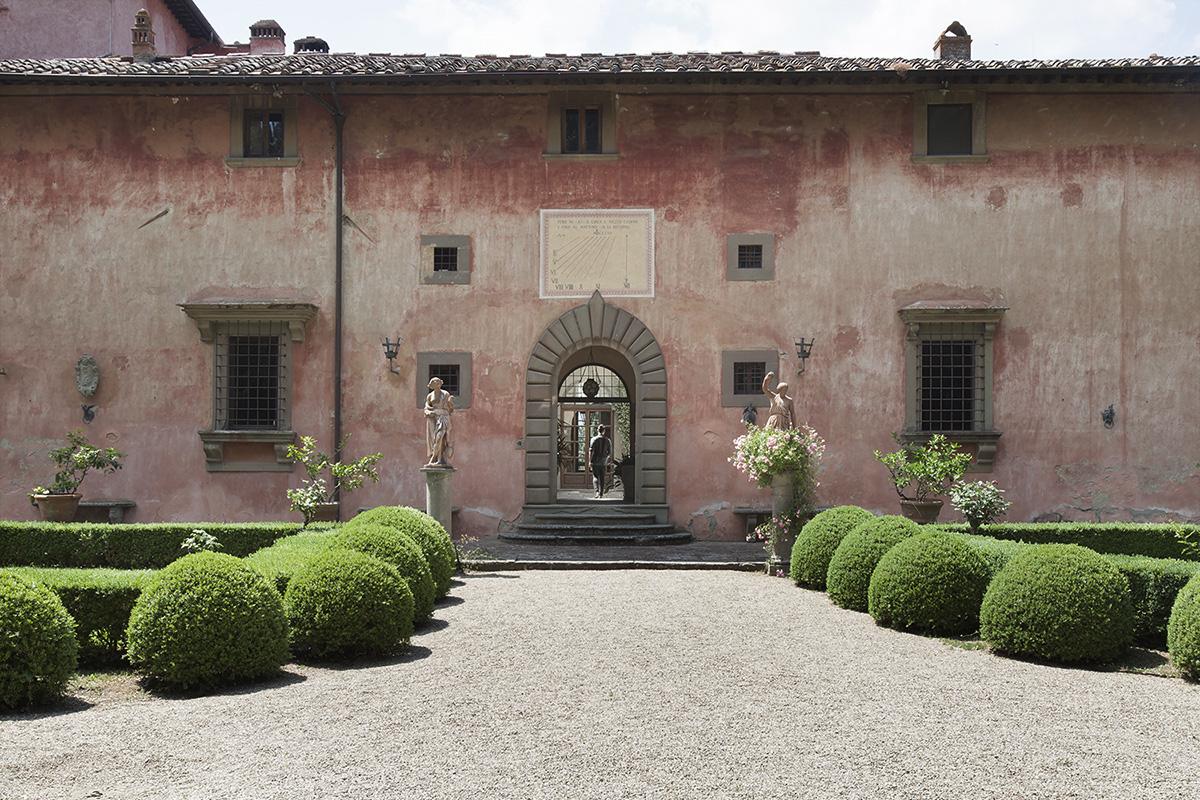 Outstanding Villa Hamlet in Chianti