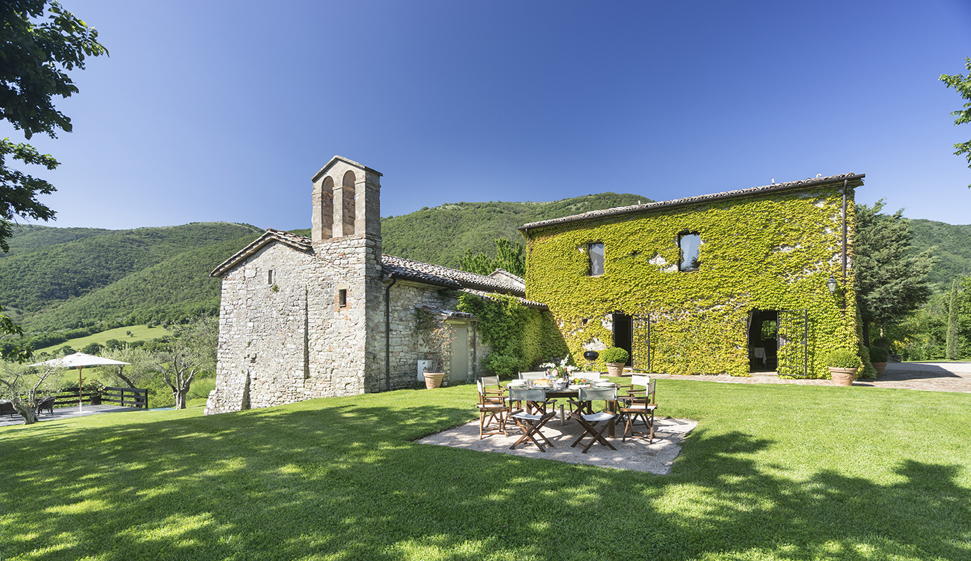 Umbrian villas for wedding in italy