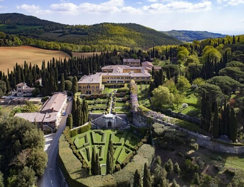 A unique Tuscany wedding villa: La Foce in Val d'Orcia