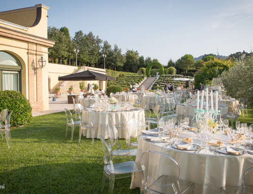 HOW TO CHOOSE THE CATERER