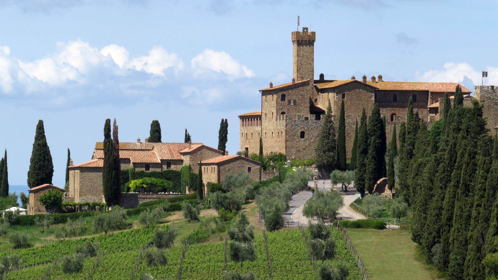 Castello Banfi Montalcino